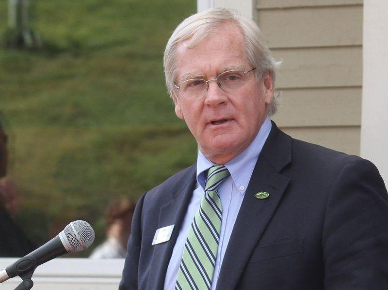 Bill Stenger, developer of several Northeast Kingdom projects using foreign EB-5 investments, has been given approval to seek further investors for a ski resort in Burke.