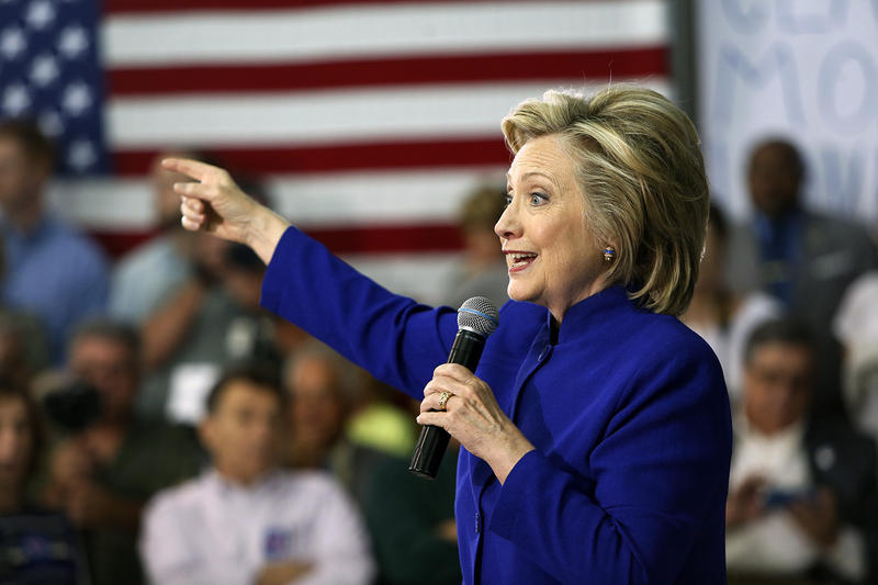 Gov. Shumlin spent time campaigning in New Hampshire on behalf of Hillary Clinton. Shumlin says he thinks Clinton will rise in the polls as voters focus on economic issues. (File photo)