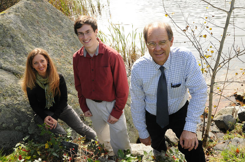 Dr. Elijah Stommel, right, and his colleagues Dr. Tracie Caller and Nicholas Field, fourth-year medical student at the University of Vermont, are studying the link between blue-green algae and Lou Gehrig's disease.