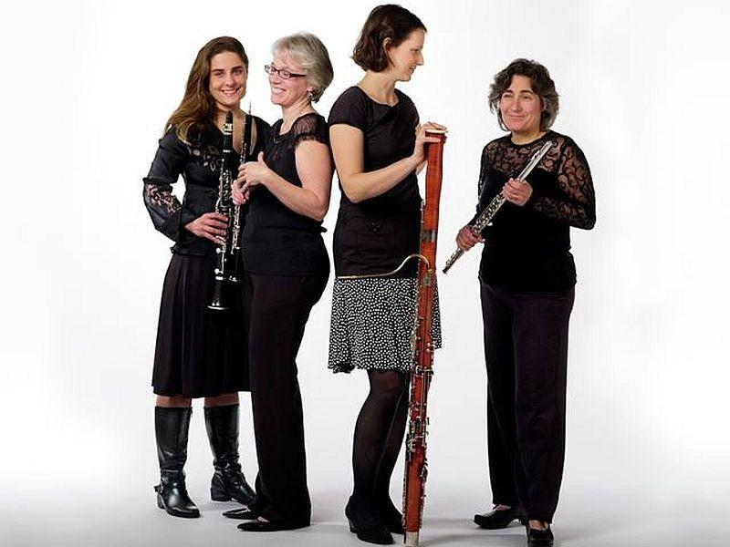 The Heliand Consort plays live on VPR Classical Thursday.