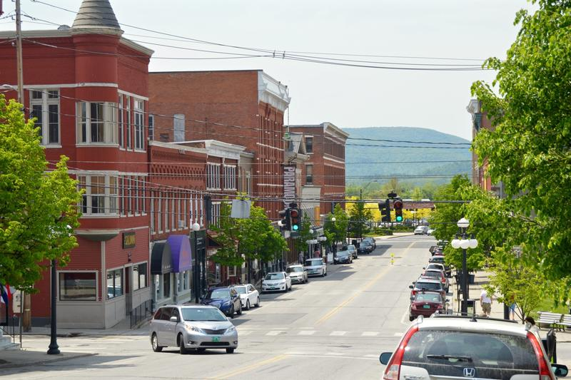 While many in Rutland are looking forward to welcoming 100 Syrian refugees into the city beginning in October, others have concerns about what becoming a refugee resettlement community will mean for the city.