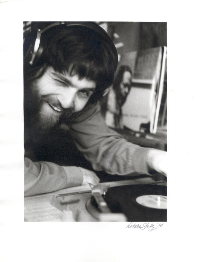 Vinyl days....Resnik spinning the discs in 1980 (at WRUV-AM !)
