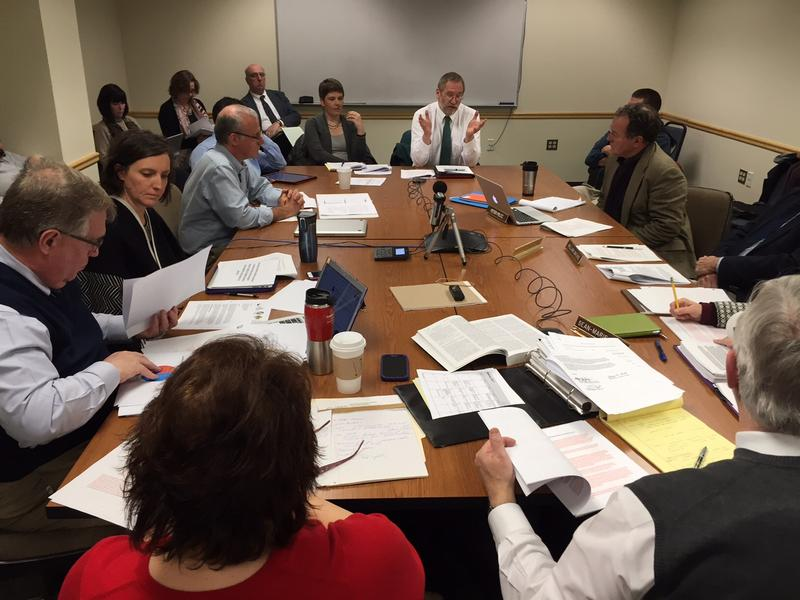 Members of the State Board of Education are meeting with representatives from the independent schools and the public schools as the board tries to come up with wording for a new set of rules for the independent schools.