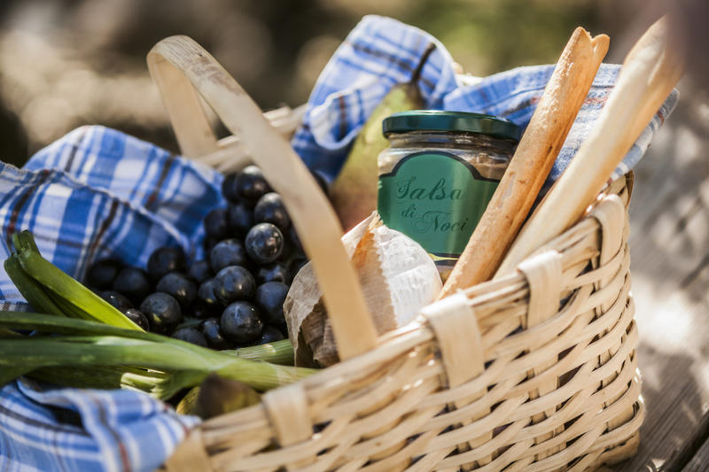 As we get ready for noshing outdoors, Suzanne Podhaizer, a Seven Days food writer, shares ideas for various picnic themes and how to prep your basket for an outdoor feast at a moment's notice.