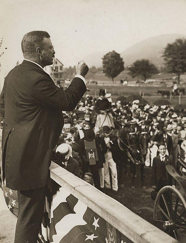 President Theodore Roosevelt addresses a crowd in Bellows Falls on September 1, 1902.
