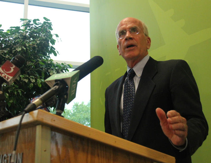 Rep. Peter Welch backs efforts to outlaw devices that increase the capabilities of semi-automatic weapons