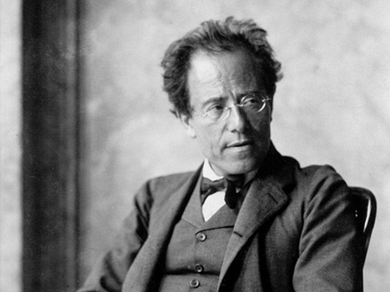 Mahler's Des Knaben Wunderhorn and Symphony No. 4 will be played by the New York Philharmonic this week.