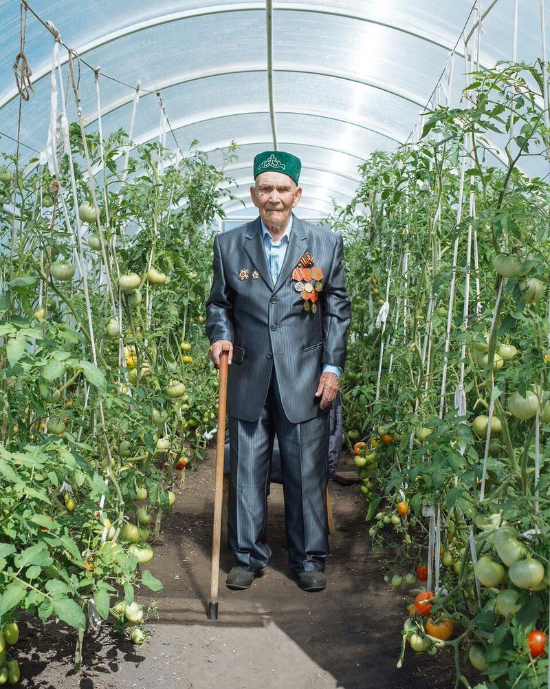 Sabiryan Asfandiyarov (Bashkortostan), born September 20, 1917. Sabiryan likes to spend his afternoons sitting in his garden or greenhouse. He was thrice wounded in World War II.
