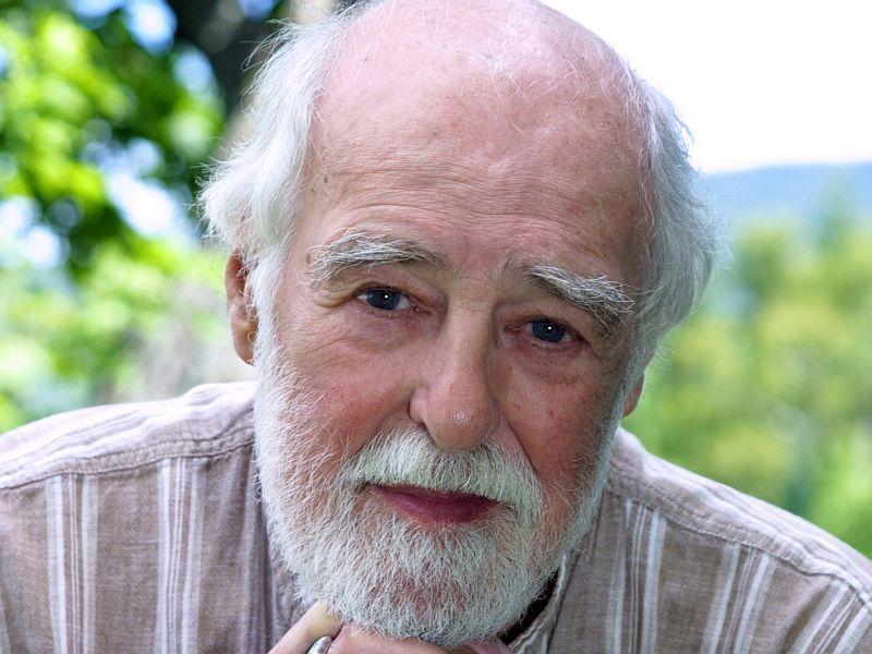 VSO Chorus founder Robert De Cormier died last week.