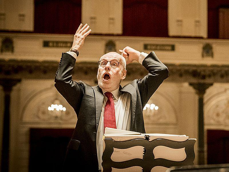 Dutch conductor Ton Koopman leads Handel's Messiah.