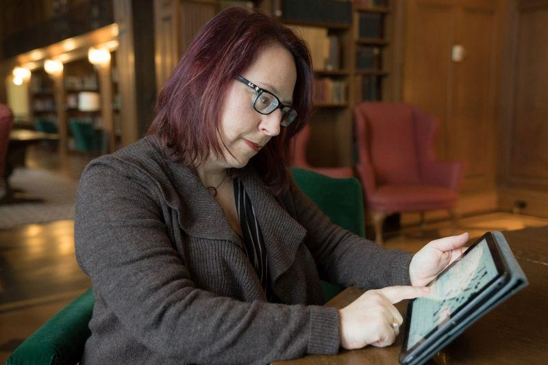 Laura Braunstein is digital humanities librarian at Dartmouth College.
