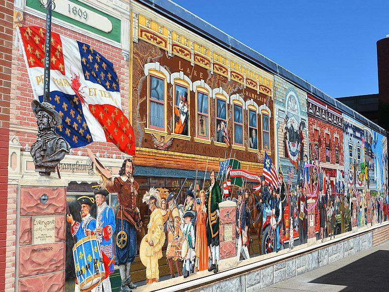The mural in Burlington reflects 400 years of Vermont history but has drawn criticism for lacking diversity.