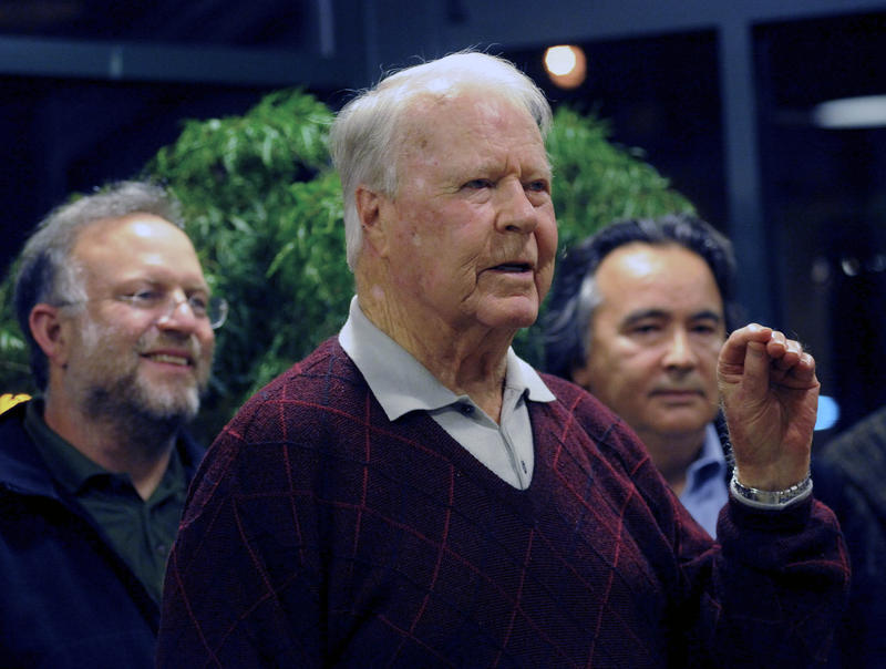 Former Vermont Gov. Philip Hoff, pictured here at a news conference in Burlington back in 2009, has died at the age of 93.