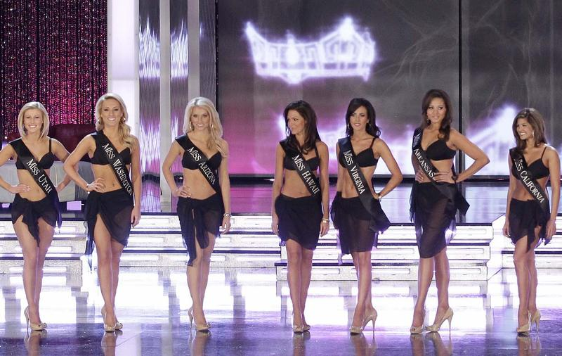2011 Miss America contestants line up for the judges.