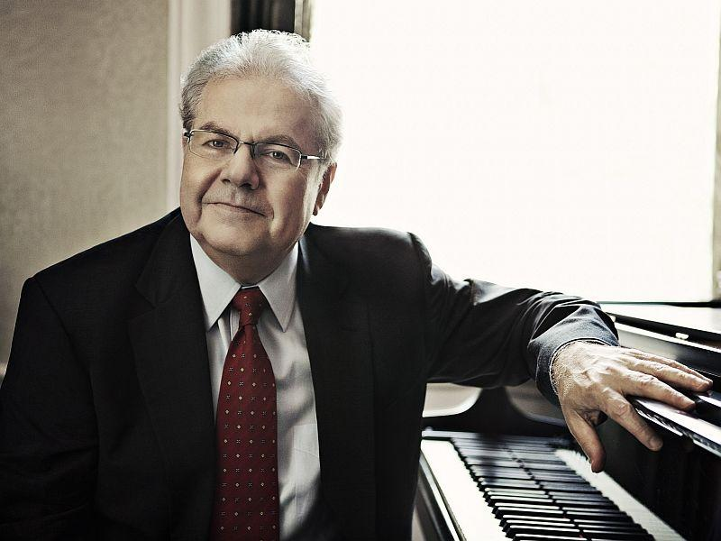 Pianist Emanuel Ax plays Brahms with the New York Philharmonic this week on SymphonyCast.