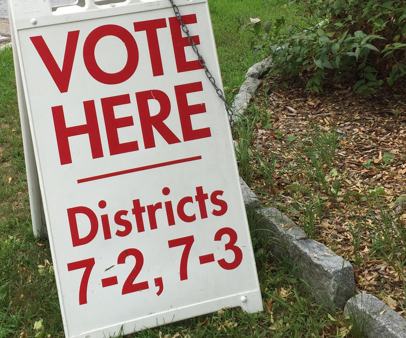 A vote here sign for Districts 7-2 and 7-3 on Dorset Street in South Burlington.