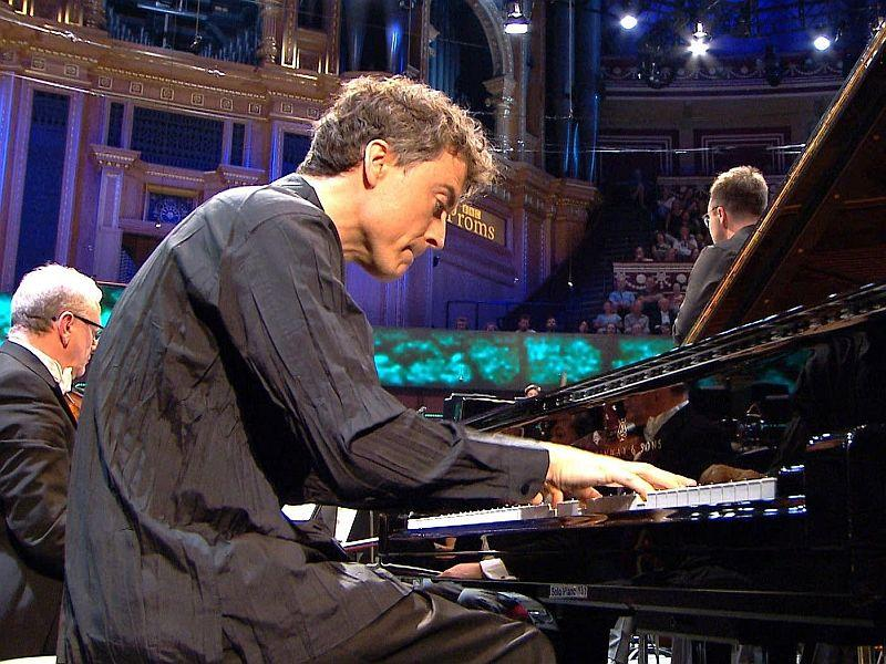Paul Lewis plays Beethoven at the Proms.