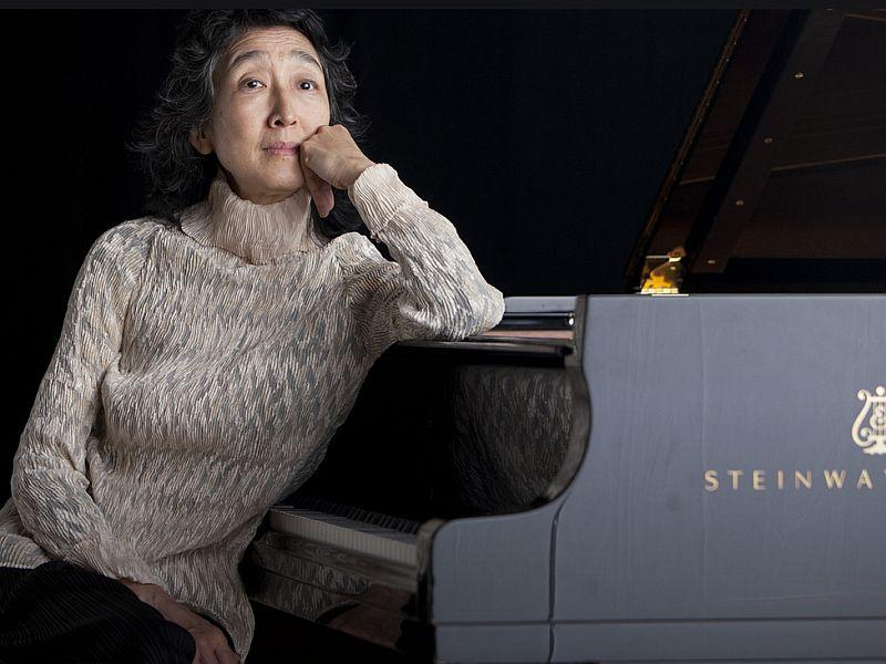 Pianist Mitsuko Uchida plays Schumann's Concerto with the L.A. Philharmonic.
