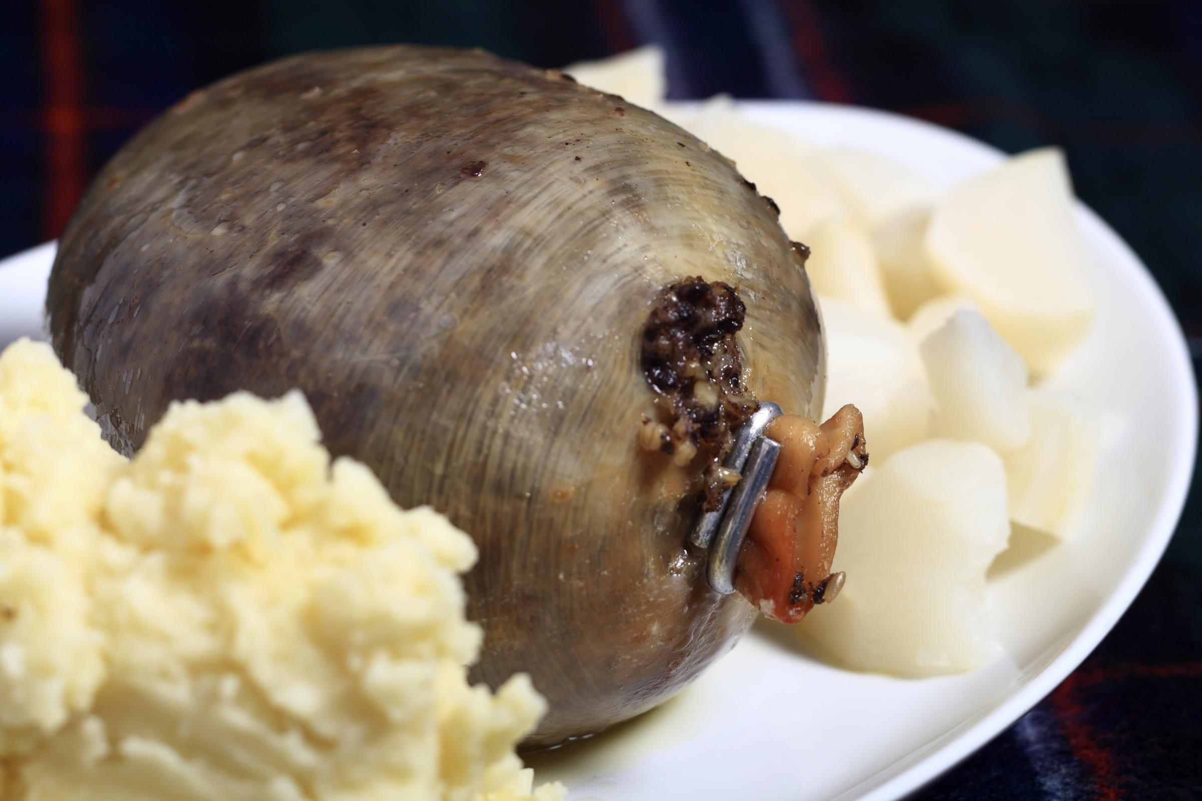 With Verse And Haggis Burns Dinners Bring Scottish Poet
