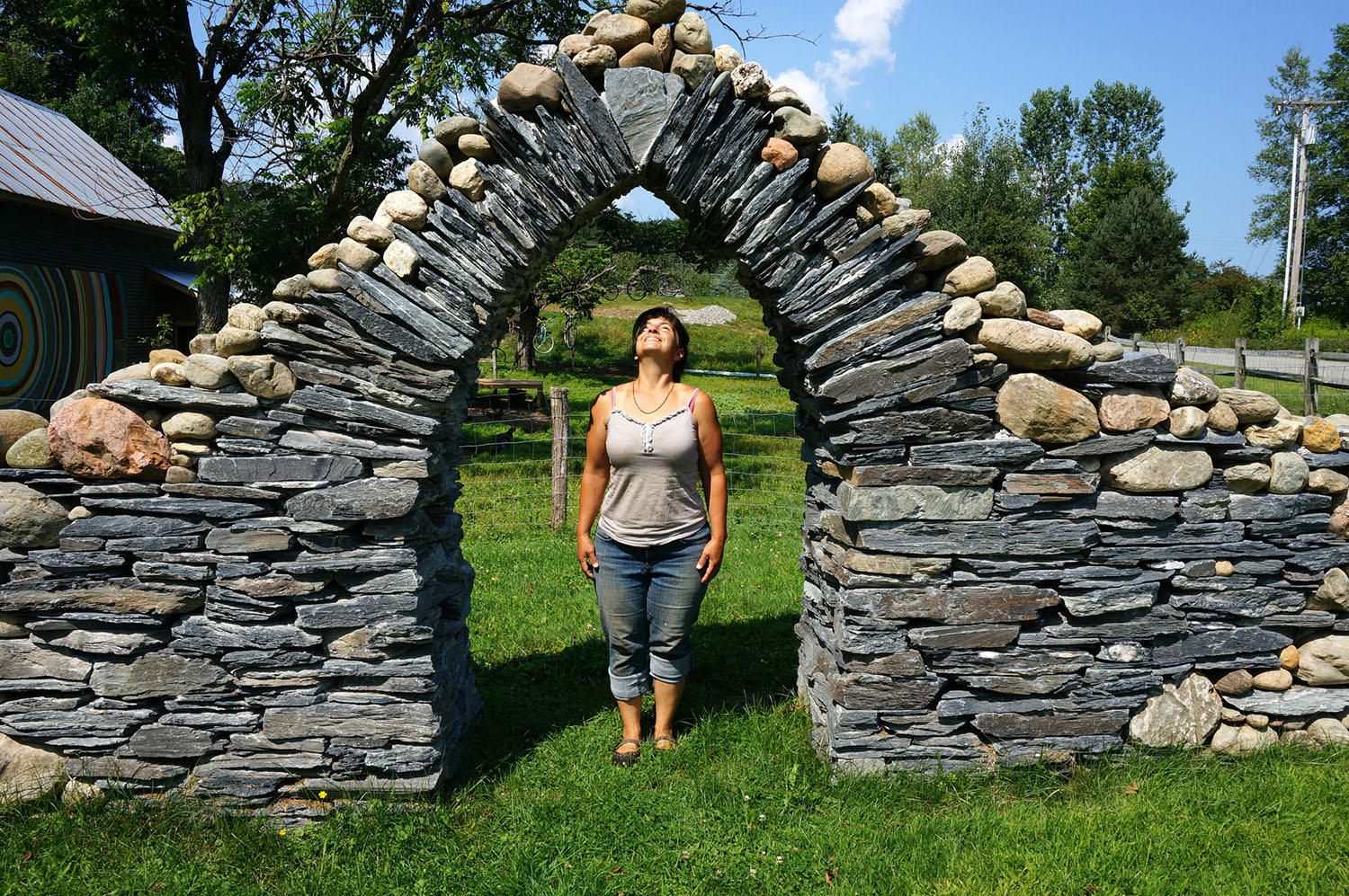 Summer school how to build a stone wall vermont public for Building a stone house