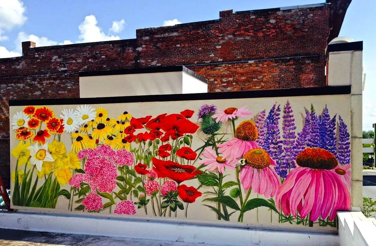 Flowers, Whales And Brilliant Blues: New Murals Color