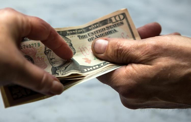Money Instead Of Gifts Wording: Awesome Etiquette: In Lieu Of Holiday Gifts, Is It Okay To