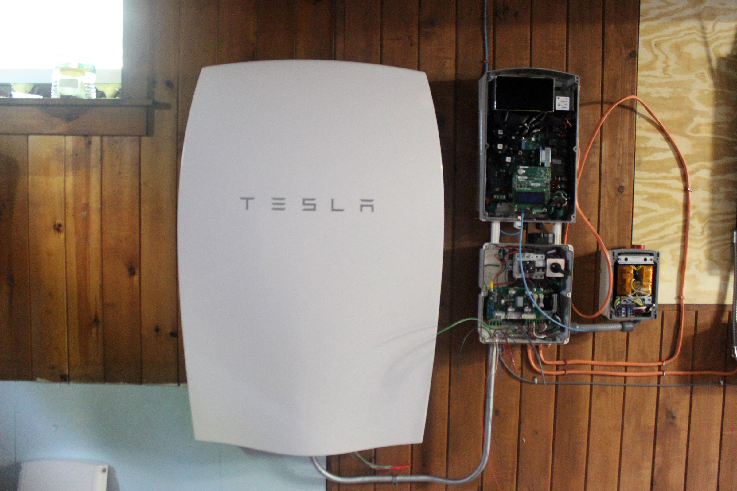 Tesla Battery Project Seeks To Turn Vermonters Homes Into Tiny