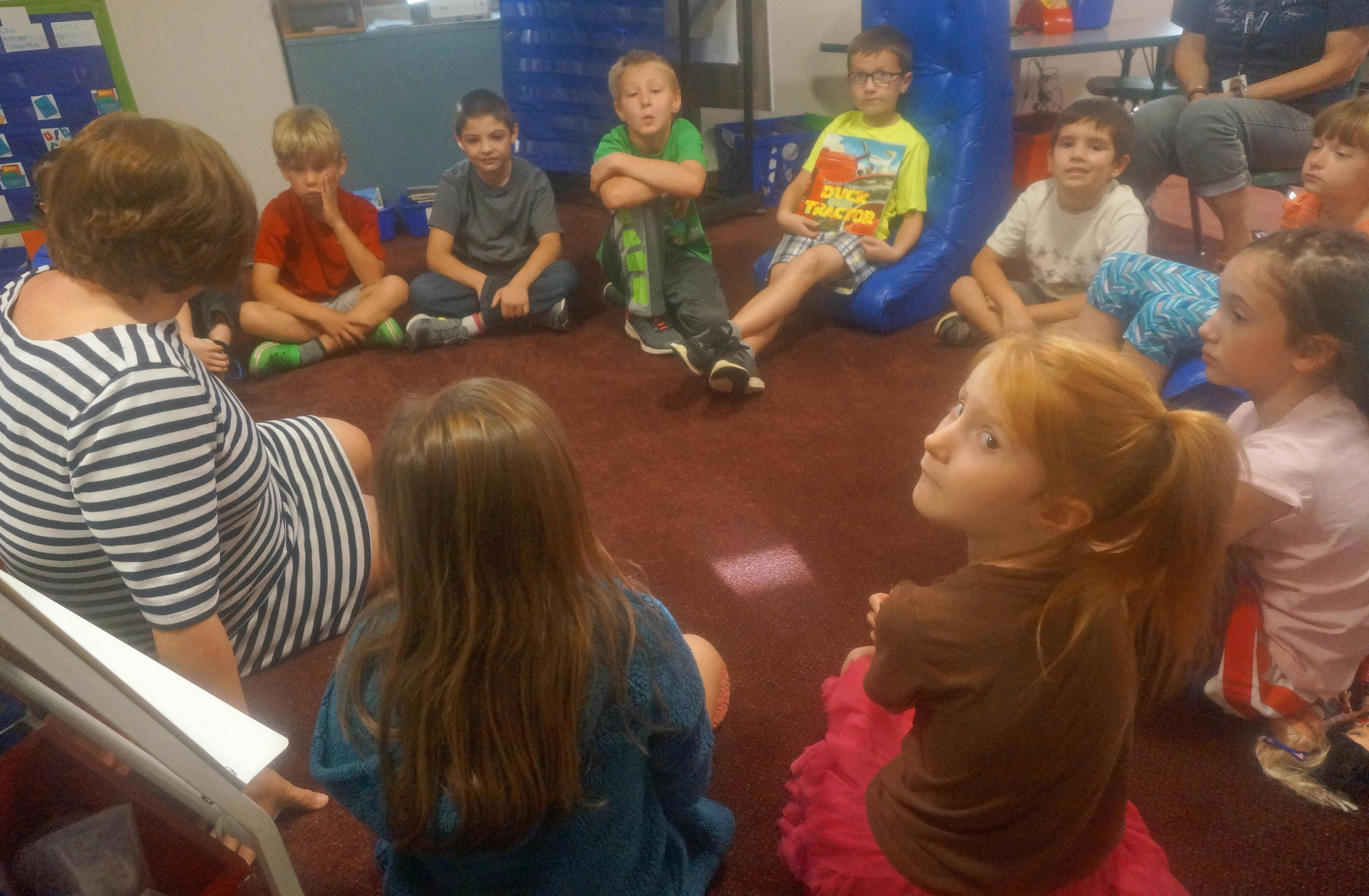 Elementary Classrooms Without Desks ~ Learning without reservations hyde park students check
