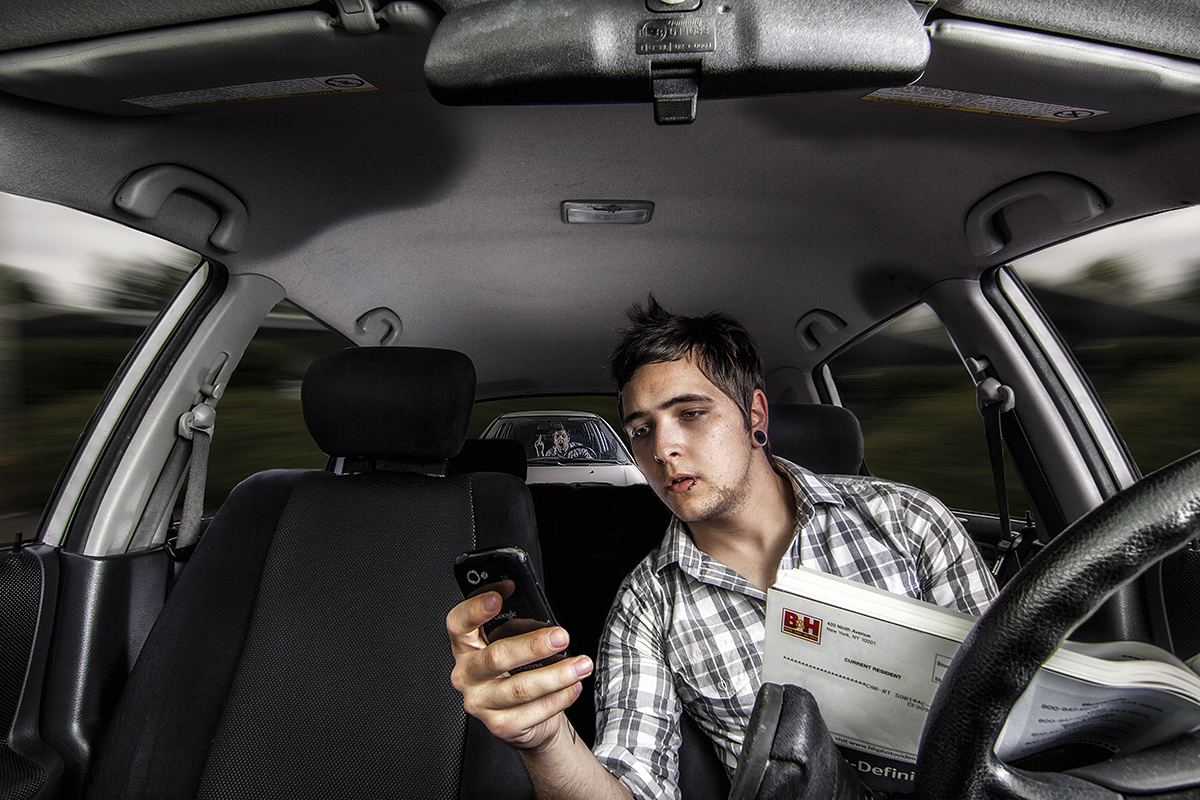 texting while driving is a serious distraction A new poll shows that many drivers know the risks of texting while driving — and do it anyway the aaa foundation for traffic safety plans on tuesday to publish polling data that show that 87.