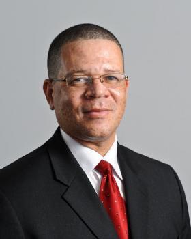 Fulton County Chairman John Eaves