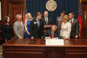 Gov. Nathan Deal Signs Fetal Pain Bill in May