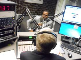 Atlanta Mayor Kasim Reed talks with WABE's Denis O'Hayer at the station's studios on May 7, 2013.