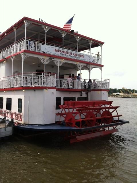 Savannah lies on the Savannah River, about 20 miles upriver from the Atlantic Ocean