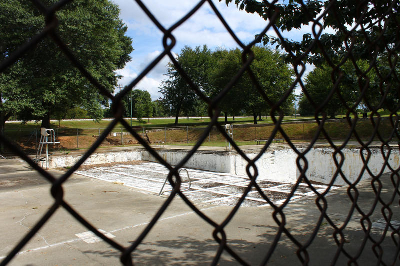 The closed pool at Maddox Park