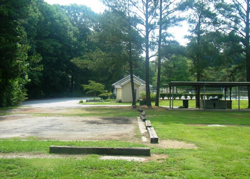 A pool parking lot where young drug sellers and users gathered to make drug deals in an Atlanta suburb.