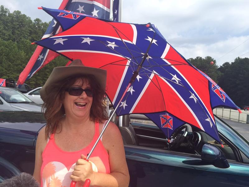 Umbrella lady is Lisa Marie Barry from upstate NY. Umbrella