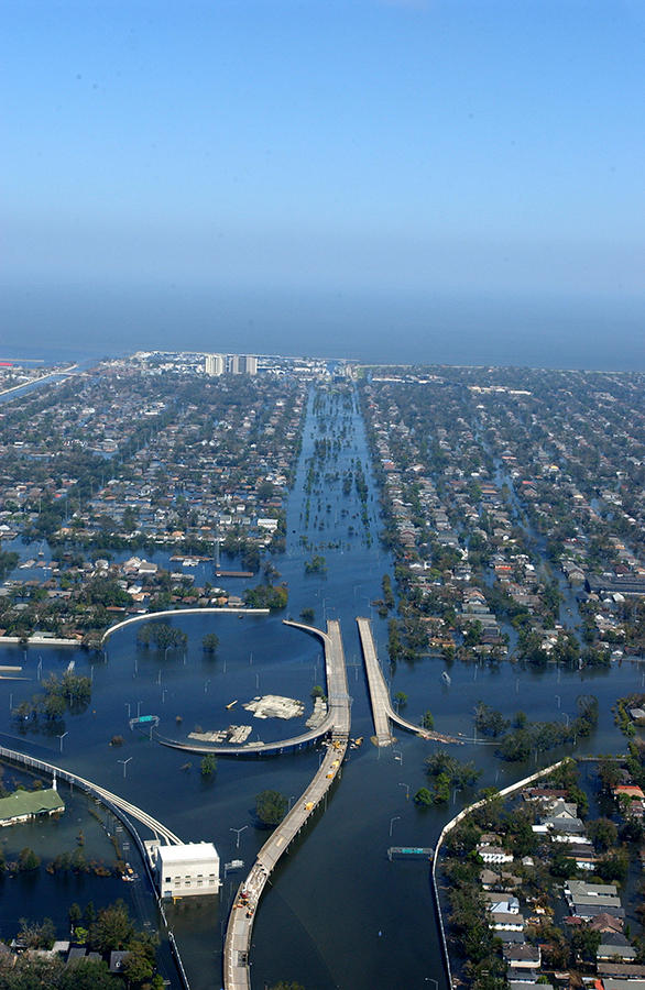 New Orleans, LA-September 7, 2005- Neighborhoods and highways throughout the area remain flooded as a result of Hurricane Katrina.