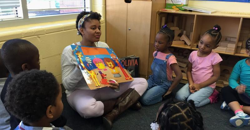 Jessica Johnson leads her pre-k class in a storytelling exercise.