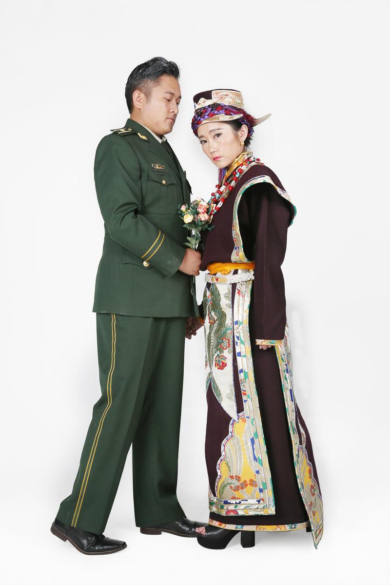 ''My niece, Ciyang and her fiancé, Xi Xi''