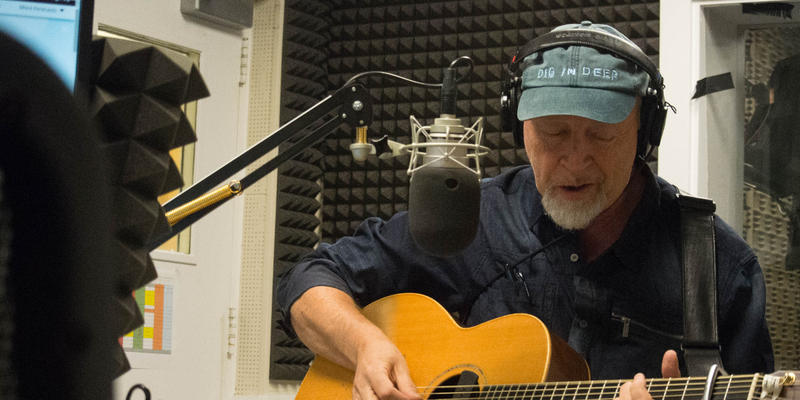 Richard Thompson stopped by the WABE studios, where he spoke with Denis O'Hayer on ''Morning Edition.''