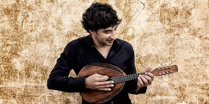 Avi Avital is turning the diminutive mandolin into a big deal on the Deutsche Grammophon label.