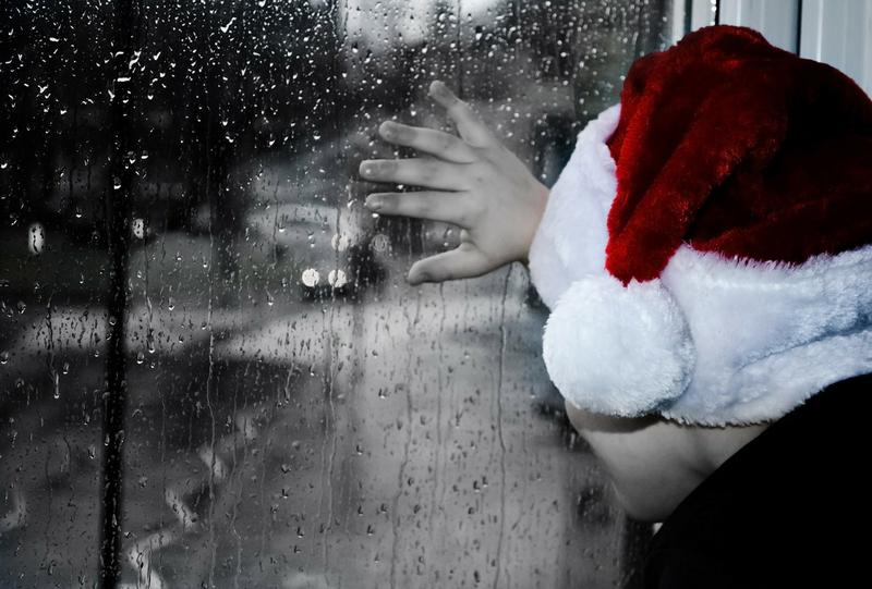"""An Atlanta psychologist talks about coping with anxiety during the holiday season on """"Closer Look."""""""