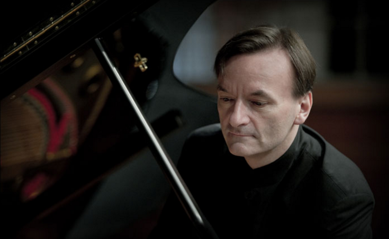 "Pianist Stephen Hough will perform Rachmaninov's ""Piano Concerto No. 1"" with the Atlanta Symphony Orchestra this week."