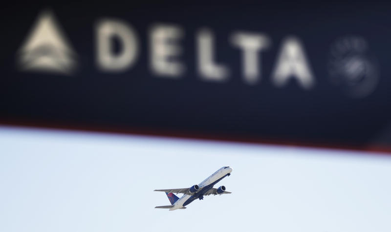 Delta also said Wednesday that last week's cancellation of about 4,000 flights because of severe weather in Atlanta will cost it $125 million in pre-tax income in the current quarter.