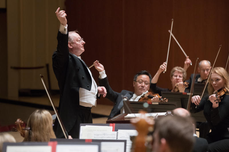 Nicholas McGegan conducts the Atlanta Symphony Orchestra this weekend at Symphony Hall as well as the Madison Morgan Cultural Center.