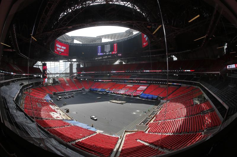 Mercedes Benz Stadium To Open In August But Roof To Stay