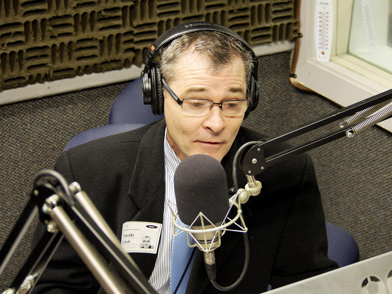 "Public Service Commissioner Tim Echols speaking with WABE's Denis O'Hayer on ""A Closer Look"" at the station's studios on January 30, 2015"