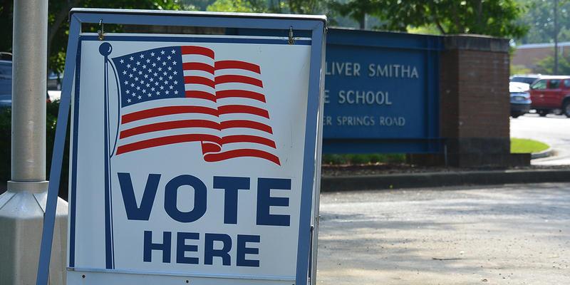 'Vote Here' sign near Smitha Middle School in Marietta