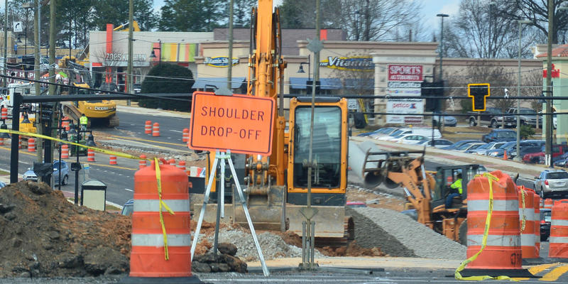 Construction near Cumberland Boulevard