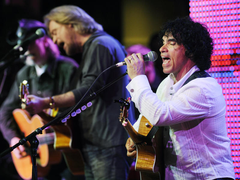 Rock and Roll Hall of Fame inductees from 2014 Daryl Hall and John Oates will perform in Atlanta on July 10.